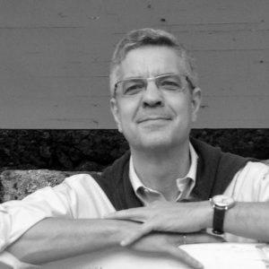 Javier García editor de Volcano Libros