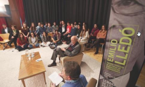 Escritor, Gijón te espera