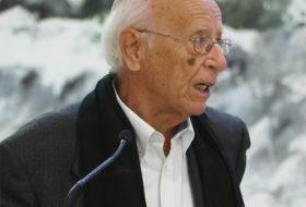 Profesor Lledó, felicidades